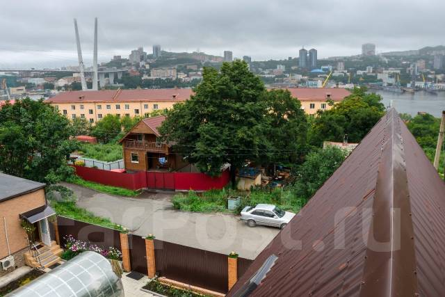 Продам элитный коттедж с гостевым домом. Улица Кизлярская 21а, р-н Чуркин, площадь дома 400 кв.м., централизованный водопровод, электричество 20 кВт...