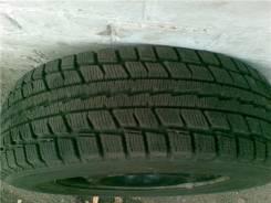 Dunlop Graspic DS2. Зимние, 2013 год, износ: 10%, 2 шт