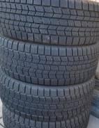 Dunlop Graspic DS3. Зимние, 2013 год, износ: 10%, 2 шт