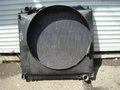 Радиатор охлаждения двигателя. Mitsubishi Delica Space Gear, PC5W, PC4W