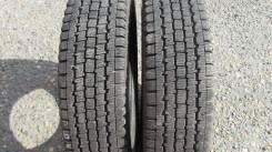 Bridgestone Blizzak Revo 969. Зимние, без шипов, 2012 год, износ: 10%, 2 шт