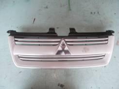 Решетка радиатора. Mitsubishi Dion, CR6W