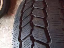 Michelin Agilis 81 Snow-Ice. Зимние, 2013 год, износ: 10%, 2 шт