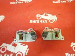 Ручка двери внутренняя. Mitsubishi Pajero, V24V, V24WG, V26WG, V26C, V25C, V24C, V23C, V43W, V44W, V45W, V14V, V26W, V25W, V24W, V34V, V23W, V21W, V44...