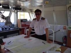 Капитан. Средне-специальное образование, опыт работы 20 лет