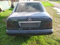 Бампер. Mercedes-Benz E-Class, W124 Двигатель 104