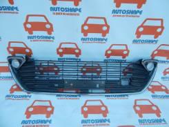 Решётка радиатора Toyota Camry