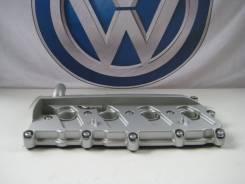 Крышка головки блока цилиндров. Audi Q7 Audi A6 Audi A8 Volkswagen Touareg