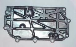Боковая крышка головки 11046-AU005 11046-AU000 11046-F460A. Nissan: Sunny, AD, Wingroad, Tino, Avenir, Expert, Almera, Bluebird Sylphy, Primera Двигат...