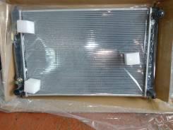 Радиатор охлаждения двигателя. Nissan Murano, PNZ51 Двигатель VQ35DE