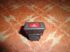 Кнопка включения аварийной сигнализации. Nissan Bluebird, ENU14 Двигатель SR18DE