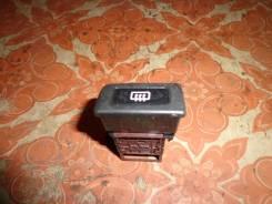 Кнопка включения обогрева. Nissan Bluebird, ENU14 Двигатель SR18DE