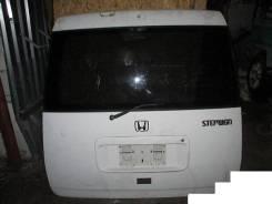 Дверь багажника. Honda Stepwgn, RF1