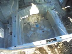 Ванна в багажник. Toyota Crown, JZS171 Двигатель 1JZGE