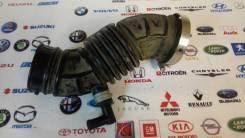 Патрубок воздухозаборника. Toyota Allion, ZZT240 Toyota Premio, ZZT240