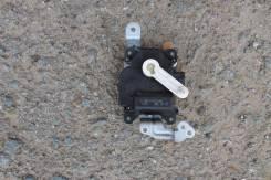 Мотор заслонки отопителя. Honda Accord