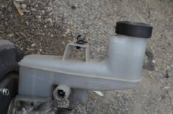 Бачок для тормозной жидкости. Toyota Camry, ASV50 Двигатель 2ARFE