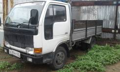 Nissan Condor. Продаётся грузовик Nissan, 3 000 куб. см., 2 000 кг.