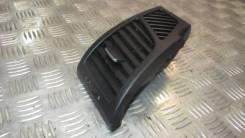Дефлектор торпедо правый BMW 1-серия E87/E81 2004-