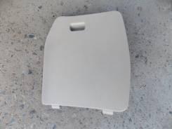 Лючок кармана в багажнике. Toyota Gaia, ACM15G, ACM15