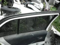 Уплотнитель двери багажника. Toyota Vitz, SCP90 Двигатель 2SZFE