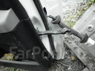Ограничитель двери. Toyota Vitz, KSP90, NCP91, NCP95, SCP90 Двигатели: 1KRFE, 1NZFE, 2NZFE, 2SZFE
