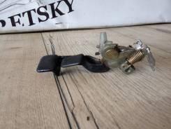 Ручка открывания багажника. Geely MK