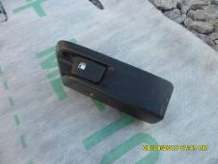Ручка открывания бензобака. Toyota Ractis, NCP105 Двигатель 1NZFE