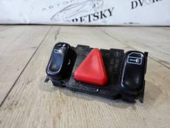 Кнопка включения аварийной сигнализации. Mercedes-Benz E-Class, W210