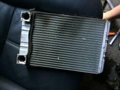 Радиатор отопителя. Mercedes-Benz W203 Mercedes-Benz C-Class, W203