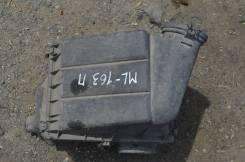 Корпус воздушного фильтра. Mercedes-Benz ML-Class, W163 Двигатель M112