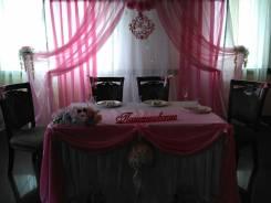 Офорление зала на ваше торжество шарами, ткань, цветы! Акции от 6000!