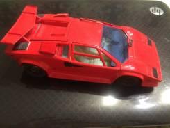 Продам редкую коллекционную модель Lamborghini Contach 1:24 Франция