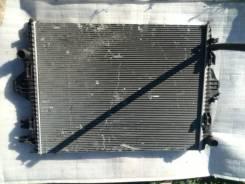 Радиатор охлаждения двигателя. Volkswagen Touareg