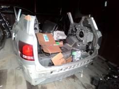 Задняя часть автомобиля. Toyota Ipsum, ACM21, ACM21W