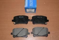 Колодка тормозная. Toyota Tarago, ACR30, CLR30 Toyota Previa, CLR30, ACR30 Toyota Estima, ACR30, ACR40, AHR10, MCR30, MCR40 Toyota Avalon Двигатели: 2...