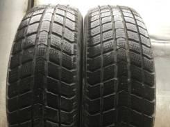 Roadstone EURO-WIN 650. Зимние, 2013 год, износ: 40%, 2 шт