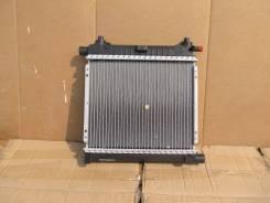 Радиатор охлаждения двигателя. Mercedes-Benz W201
