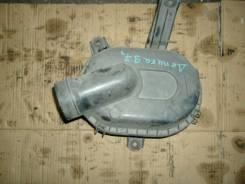 Корпус воздушного фильтра. Mitsubishi Delica, PF8W Двигатель 4M40