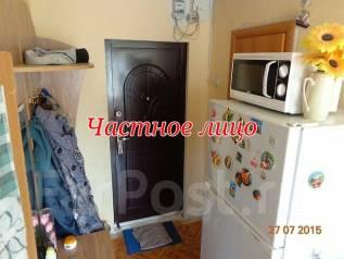 Гостинка, улица Кирова 150. Мебельная фабрика, частное лицо, 34 кв.м.