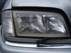 Фара. Mercedes-Benz C-Class