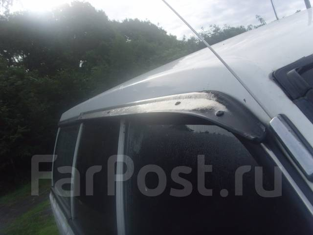 Ветровик. Subaru Leone