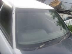 Стекло лобовое. Subaru Leone