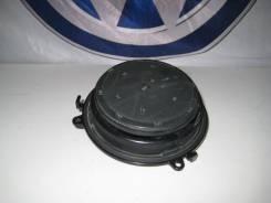 Ручка крышки багажного отсека. Volkswagen Passat Volkswagen Golf