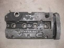 Крышка головки блока цилиндров. Honda