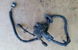 Клапан регулировки подвески. Toyota Crown Majesta, UZS171