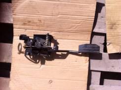 Педаль акселератора. Isuzu Wizard, UES25FW Двигатель 6VD1