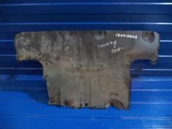 Пыльник защита двигателя Volkswagen Touareg 2010-