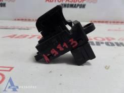 Кнопка стеклоподъемника Nissan Qashqai (J10) QR25DE