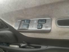 Блок управления стеклоподъемниками. Toyota Granvia, KCH10, KCH16, RCH11 Toyota Grand Hiace, RCH11, KCH10, KCH16 Toyota Hiace, KZH106W Toyota Regius Ac...